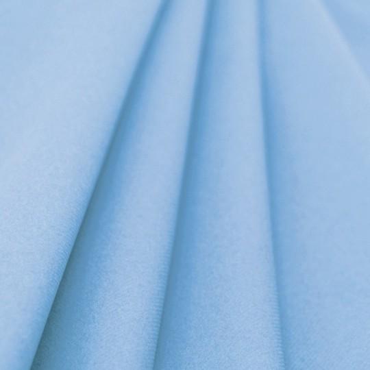 Nappe bleu ciel rouleau jetable