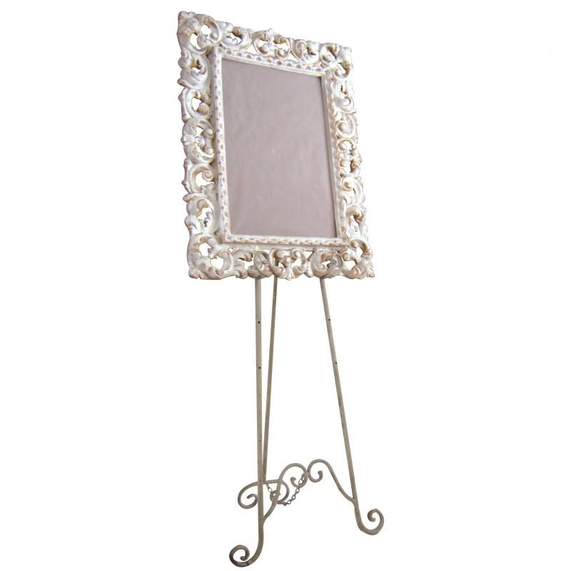 chevalet blanc en fer forg pour la pr sentation de vos tableaux. Black Bedroom Furniture Sets. Home Design Ideas