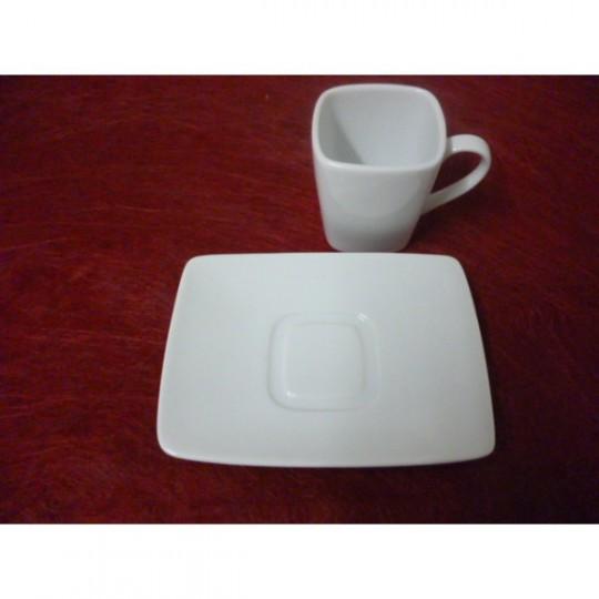 Soucoupe à café rectangle blanche.