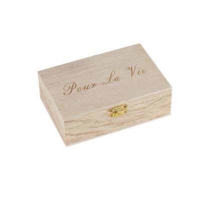 Livre d'or boite en bois avec 96 coeurs.