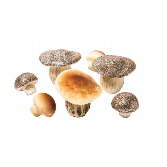 7 champignons en mousse avec paillettes, champagne.
